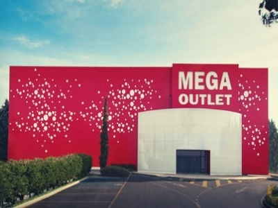 Mega Outlet Shopping Center