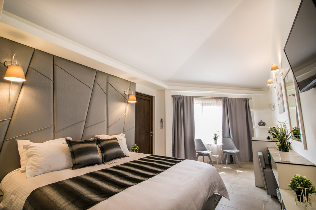 domatio silver Ask-Cozy-Rooms